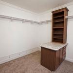 3a_-_Master_bedroom_closet