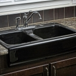 3f_-_Farmhouse_kitchen_sink