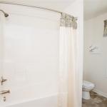 8-2nd-bath-tub
