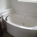 STD.-GARDEN-TUB-WITH-CURVED-FRONT-INCLUDED-WITH-GLAMOUR-BATH-OPTION